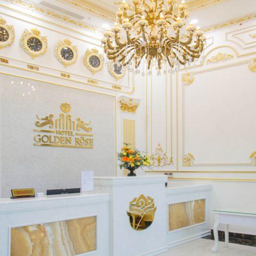 phò chỉ khách sạn Golden Rose